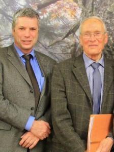 Bürgermeister Lutz Peters, links, und Dr. Uwe Wegener, rechts, Foto Nationalpark Harz, Mandy Gebara